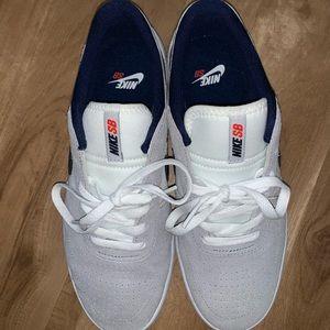Nike SB Team Classic Sneaker